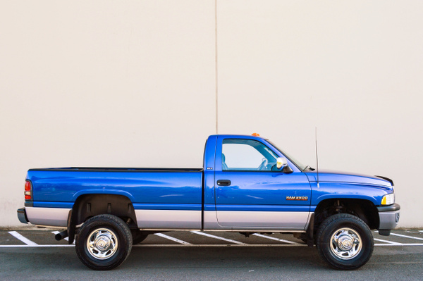 BLUE DODGE SINGLE CAB by RobertStevens