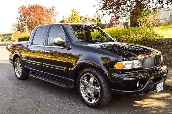 Blackwood black Lincoln