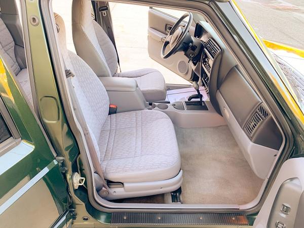 0AB40BE1-F93E-4805-A30E-D970353B8E88 by autosales