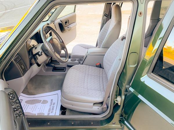 D22D4920-8E37-4EA6-8C59-99062EF04309 by autosales
