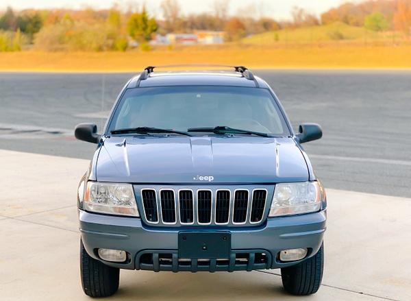 6E1D29A8-252E-4899-B950-49563891896C by autosales