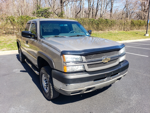 N 2003 Chevy 8.1 2500 by autosales by autosales