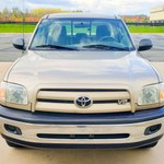 N 2005 Toyota Tundra Gold