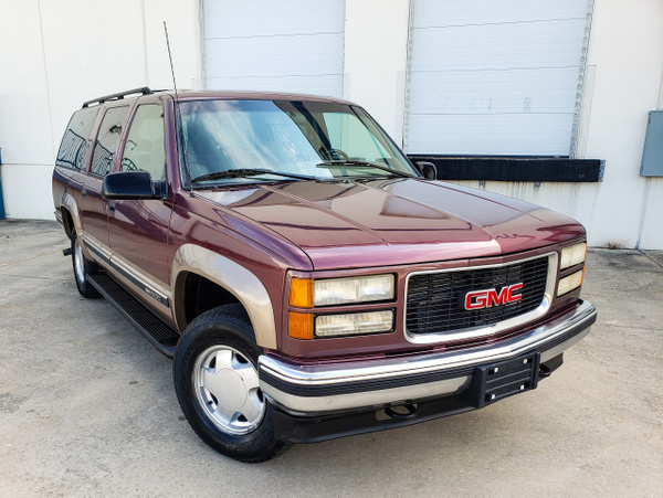 N 96 GMC Suburban by autosales