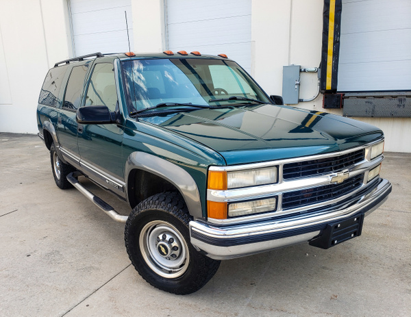 N 1999 Suburban by autosales