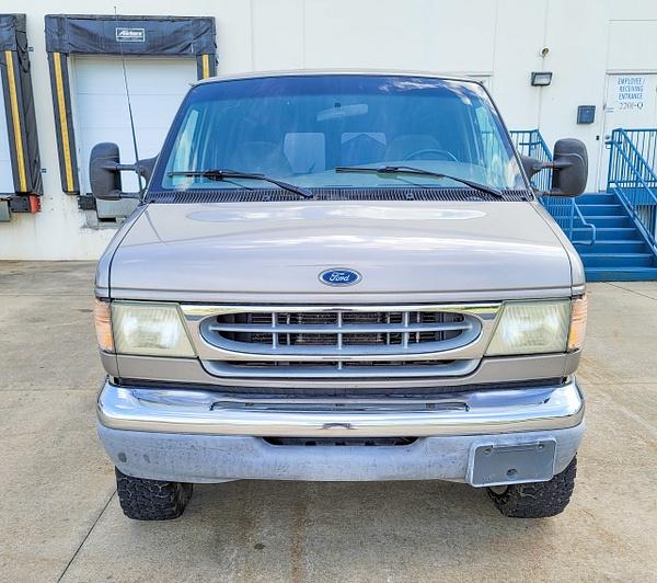 N 2001 Quigley van by autosales