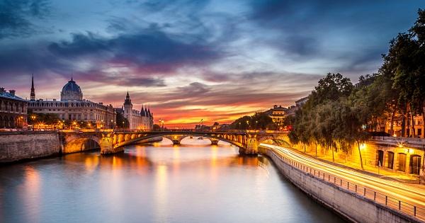 Conciergerie-2 - Home - Paris - Serge Ramelli Photography