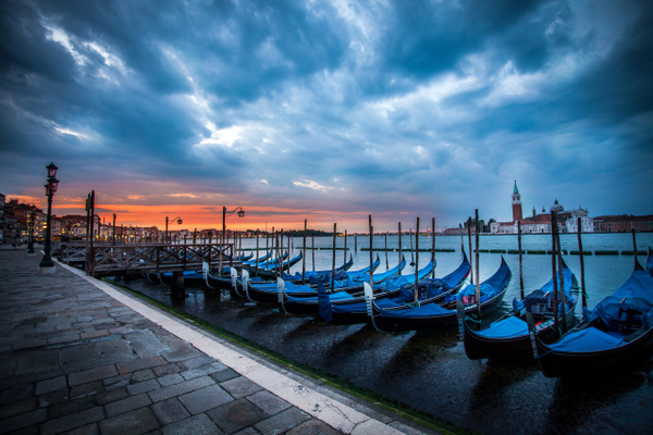 Venise Gondolle Sunset