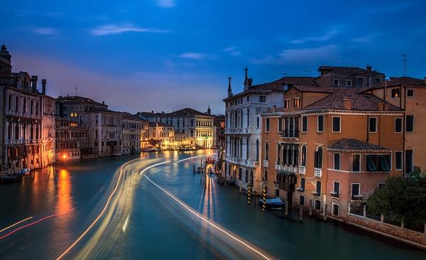Venize-1 - Italy by Serge Ramelli