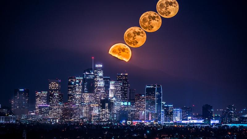 Pleine Lune Downtown