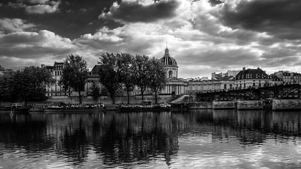 Institu de france Noir et Blanc-1 - Home - Paris - Serge Ramelli Photography