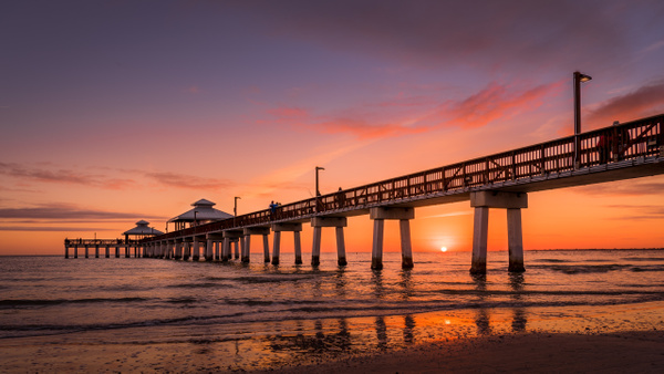 Fort Myers Sunset - Home - Dee Potter Photography