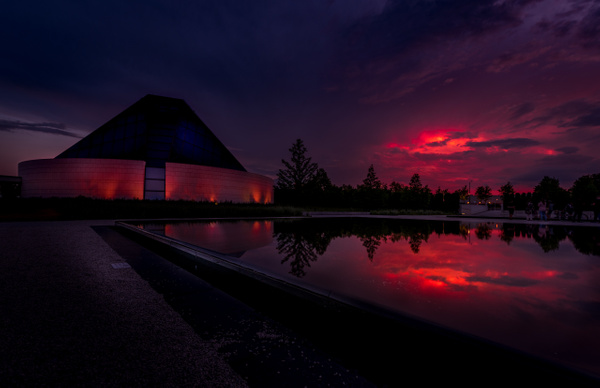 Aga-Khan-Museum_Red-Sunset-Toronto - Canada - Dee Potter Photography