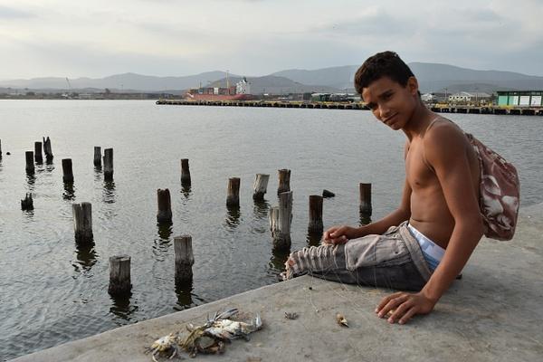 Crabbing in Santiago de Cuba - Home -  Michael J. Donow Photography