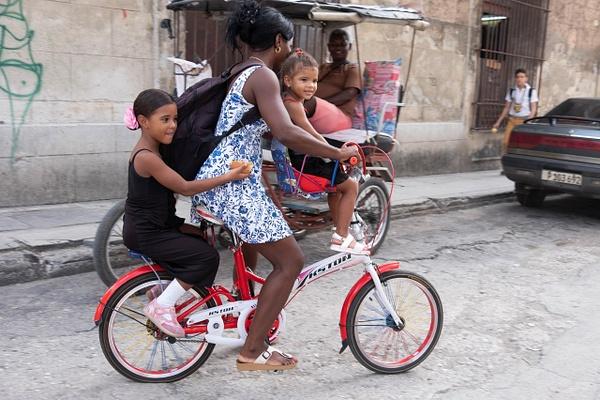 Cuba 2019-122-2 - Cuba - Michael J. Donow Photography