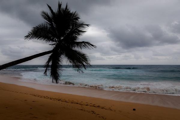 Praia Inhame, São Tomé - Places - Justine Kirby Photography