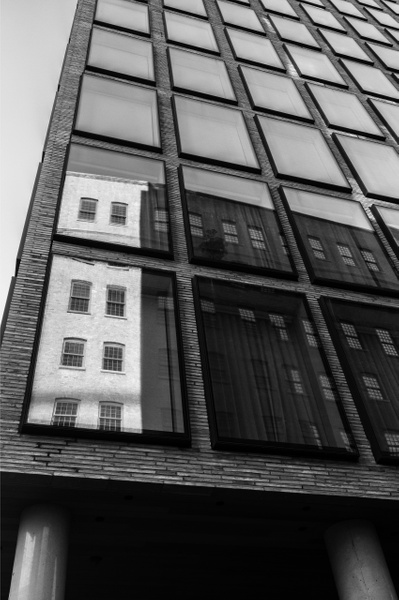 Dumbo, New York - Geometry & Shapes - Justine Kirby Photography