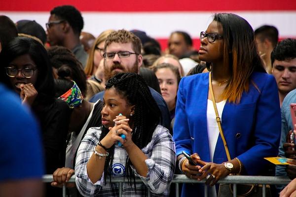 Waiting for President Obama, Columbus, Ohio, November 2016 - Politics: Voting - Justine Kirby Photography