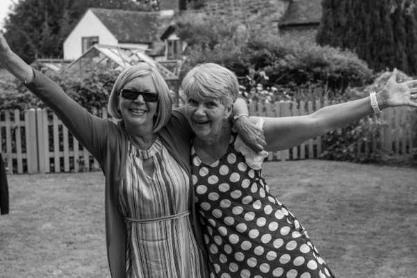 Garden partyMr PerrinsMom's 70th all files 20195568 x 3712Garden party-15 - Events - Stephen Kelvin Hope Photogrpahy
