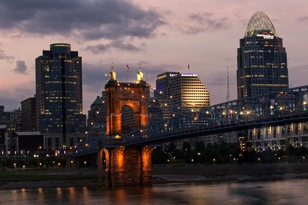 Cincinnati23 2 - Cincinatti - Red Rover Photography