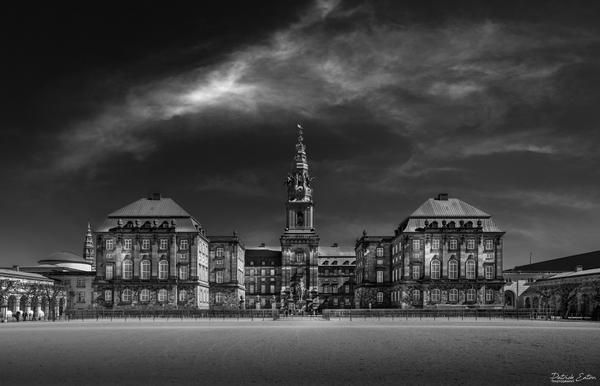 Copenhagen - Christiansborg - Black & White - Patrick Eaton Photography