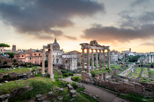 Sunrise at The Forum of Rome || Italy - Cityscape - Patrick Eaton Photography