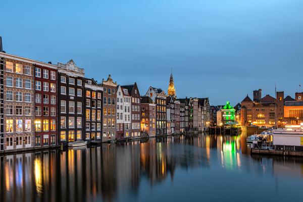 Amsterdam Damrak 001 - Cityscape - Patrick Eaton Photography