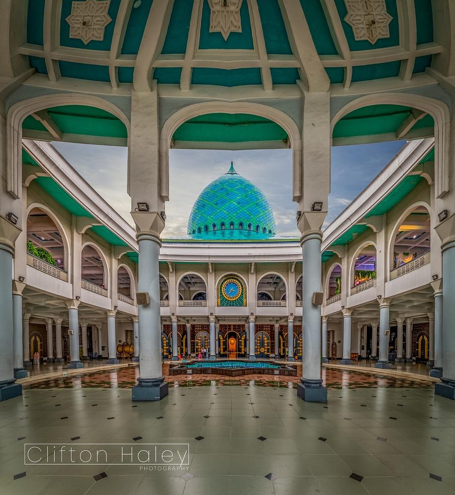 Masjid Nasional Al Akbar Surabaya
