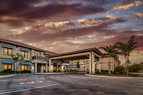 Royal Palm (103) - Corporate Portfolio - Clifton Haley Photography