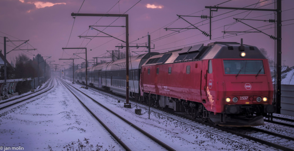 _DSC0075 (2) - Trains and Trainsstations - Molin Photos