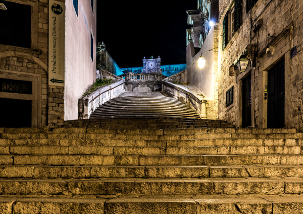 Spanish Steps looking up by Luc Jean
