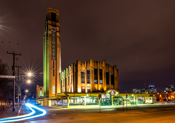 Atwater Market - A walk at night in ... Montreal - Luc Jean Photography