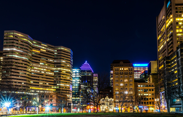 Cityscape 13 - A walk at night in ... Montreal - Luc Jean Photography
