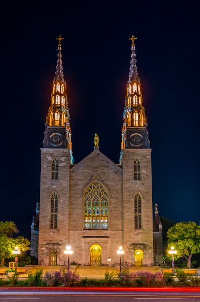 Notre-Dame Cathedral Basilica by Luc Jean