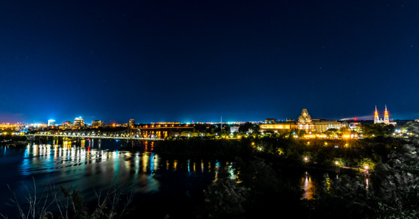Alexandra Bridge and National Gallery of Canada by Luc...