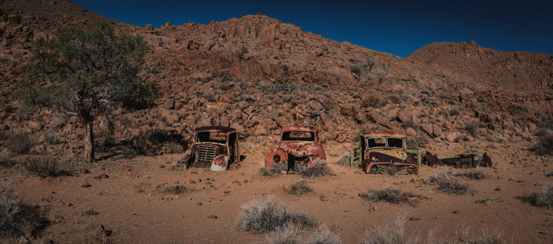 Old cars in the dessert