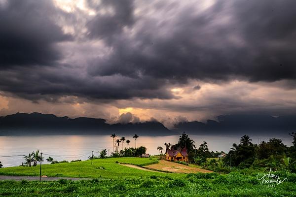 West Sumatra - Maninjau Lake - Minangkabau - Deni Koeswanto Eyes