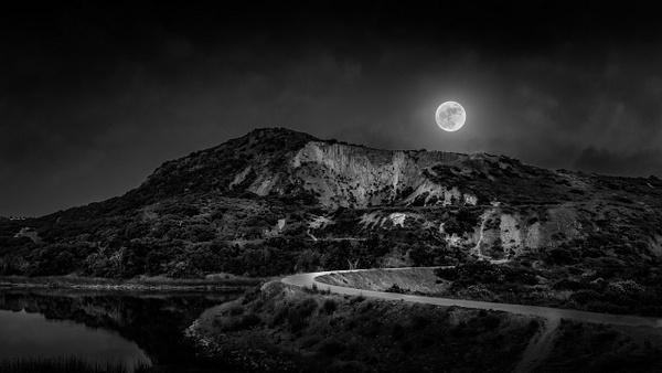 Mt. Calavera : Full Moon B&W by ScottWatanabeImages
