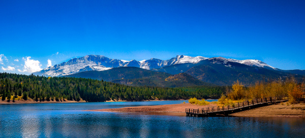 Pikes Peak Montains - Landscape Photography - Nicole Fiore Photography