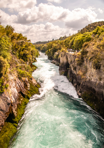 Approach to Huka Falls - NZ Scenery - Graham Reichardt Photography