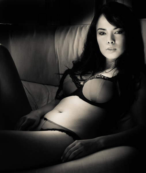 Lau040310-1134 - Boudoire - Keith Ibsen Photography