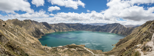 Equateur - Laguna de Quilotoa by Philippe Guillaumin