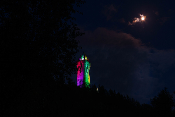 20200503-in focus with moon (1) - Stirling Castle & The Wallace - Heather Morrison Photography