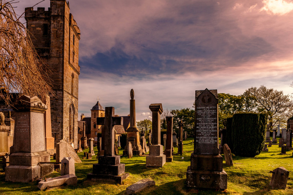Holy Rude Graveyard - Stirling Castle & The Wallace - Heather Morrison Photography