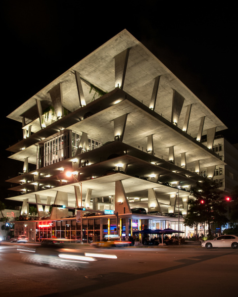 2012_0232 - Building - Miami by ALEJANDRO DEMBO