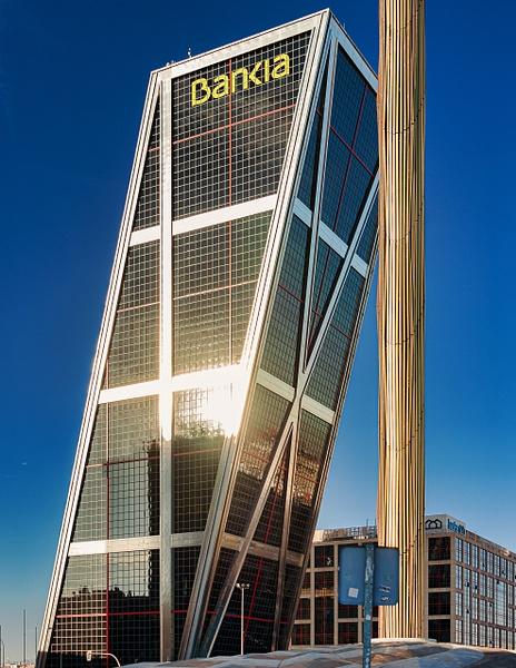 2019_0436 - Building - Madrid by ALEJANDRO DEMBO
