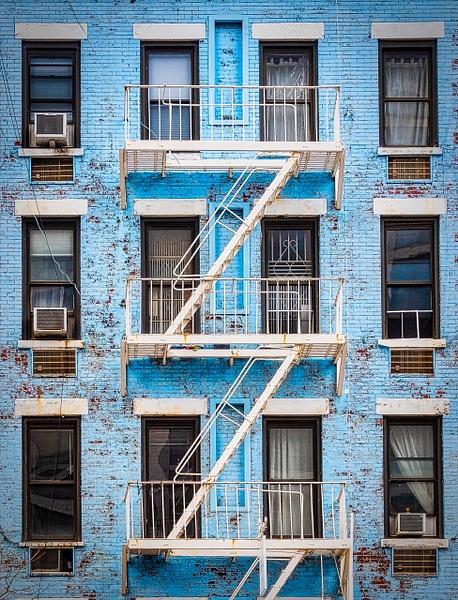 2018_189 - Facade - New York by ALEJANDRO DEMBO