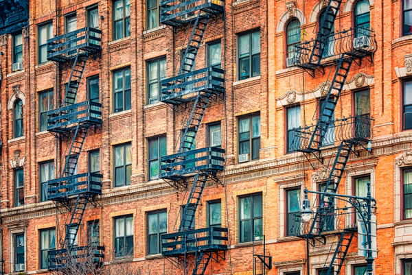 2018_045 - Facade - New York by ALEJANDRO DEMBO