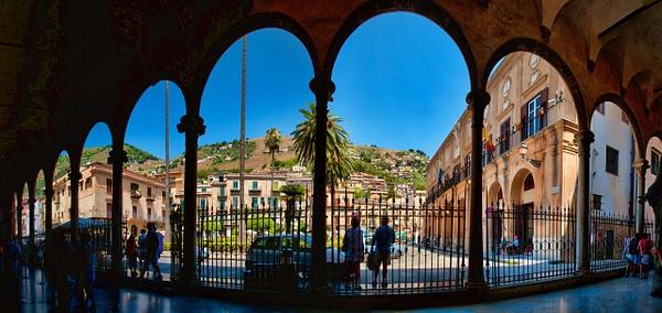 2011_0377 - Framed - Palermo by ALEJANDRO DEMBO