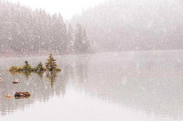 Lake Minnewanka, AB - Landscape and Nature - Alain Gagnon Photography